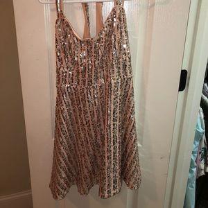 Dresses & Skirts - Lulus sparkly short dress